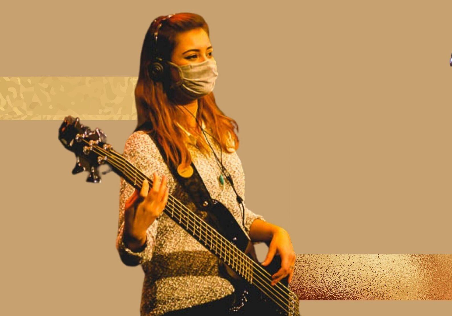 0033-escola-de musica-316-airport-church-0012-guitarra